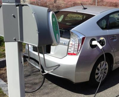 Electric Vehicle Charging Stations In Greenfield